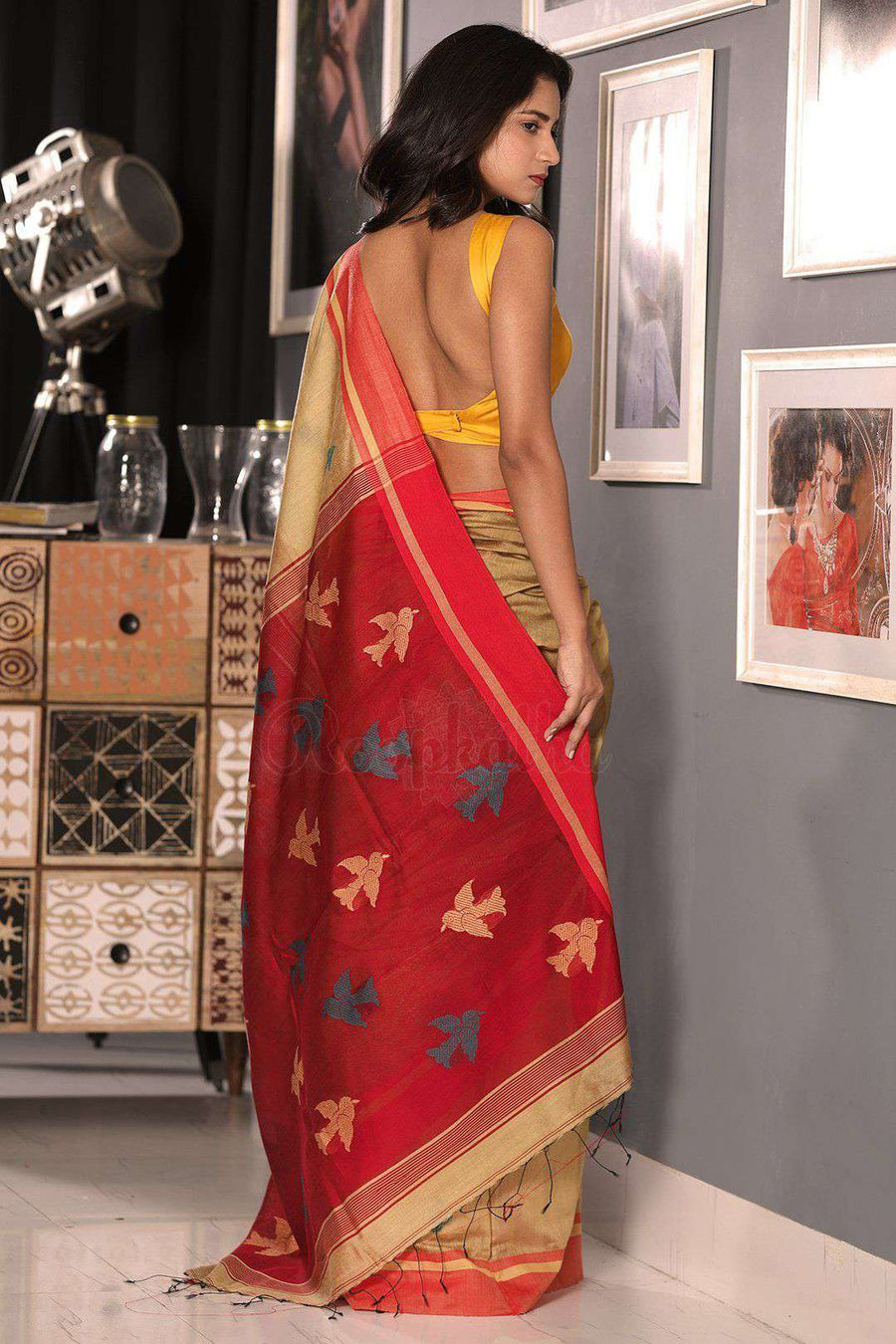 Beige Blended Cotton Saree With Red Border