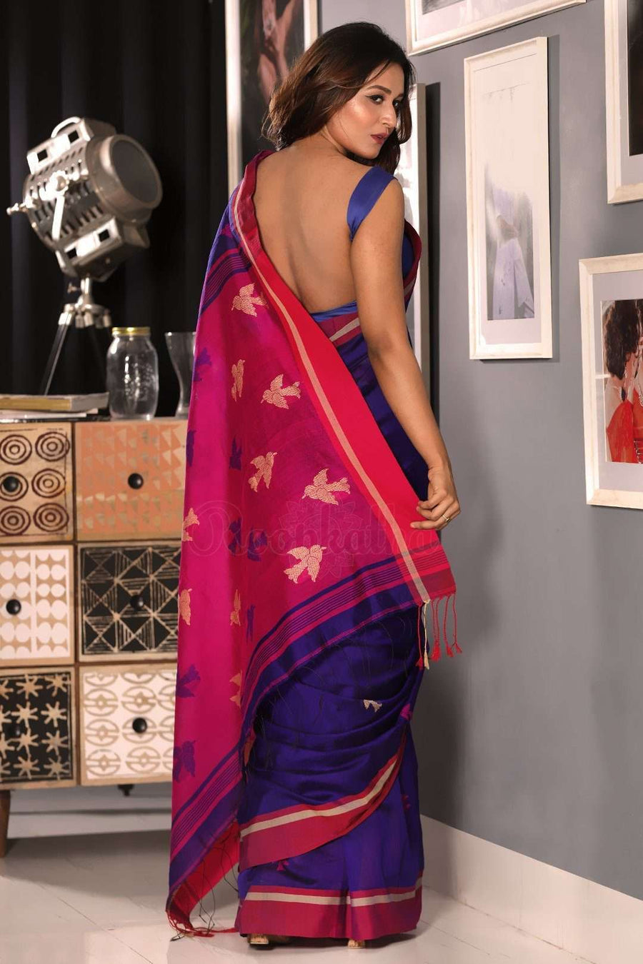 Persian Indigo Blended Cotton Saree With Pink Woven Pallu