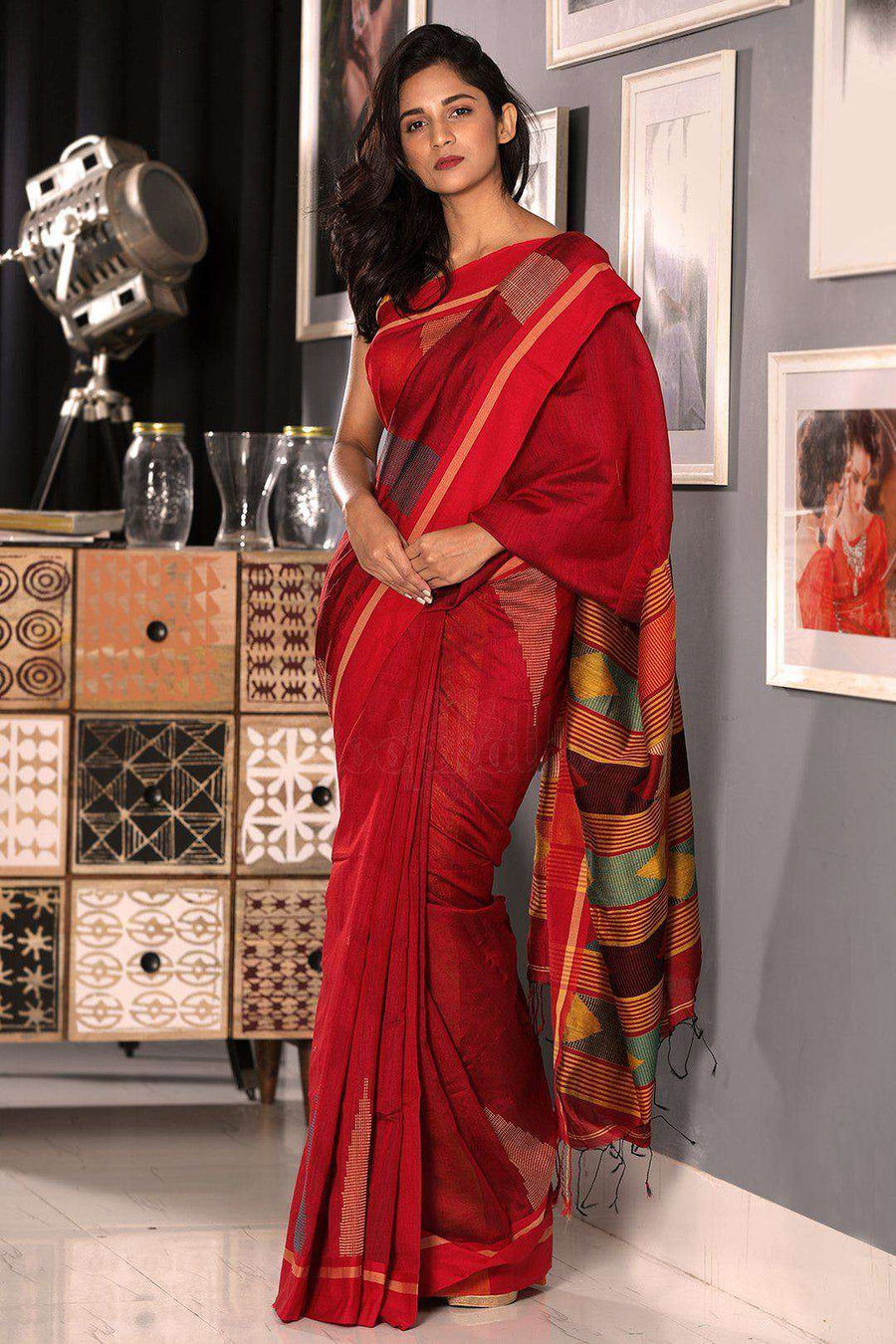 Cherry Red Blended Cotton Saree With Woven Pallu