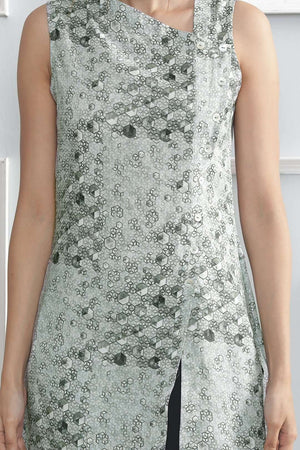 Textured Grey Sleeveless Kurta