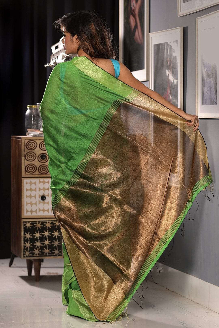 Pear Green Blended Cotton Saree With Metallic Border Akasha Roopkatha - A Story of Art