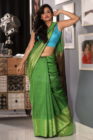 Pear Green Blended Cotton Saree With Metallic Border