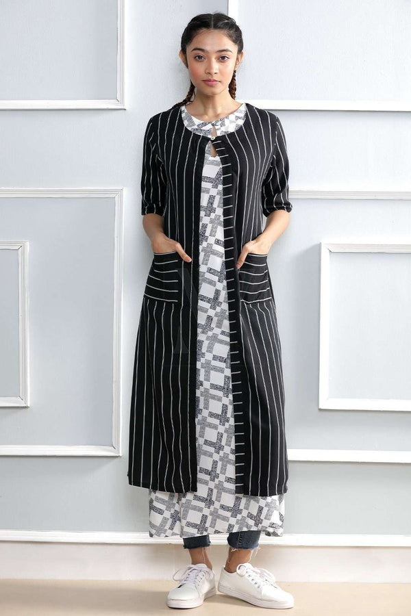 White Textured Kurta With Black Shrug