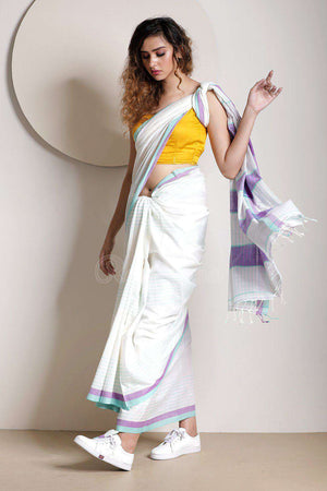 Daisy White Pure Cotton Saree With Stripes Cotton Threads Of India Roopkatha - A Story of Art