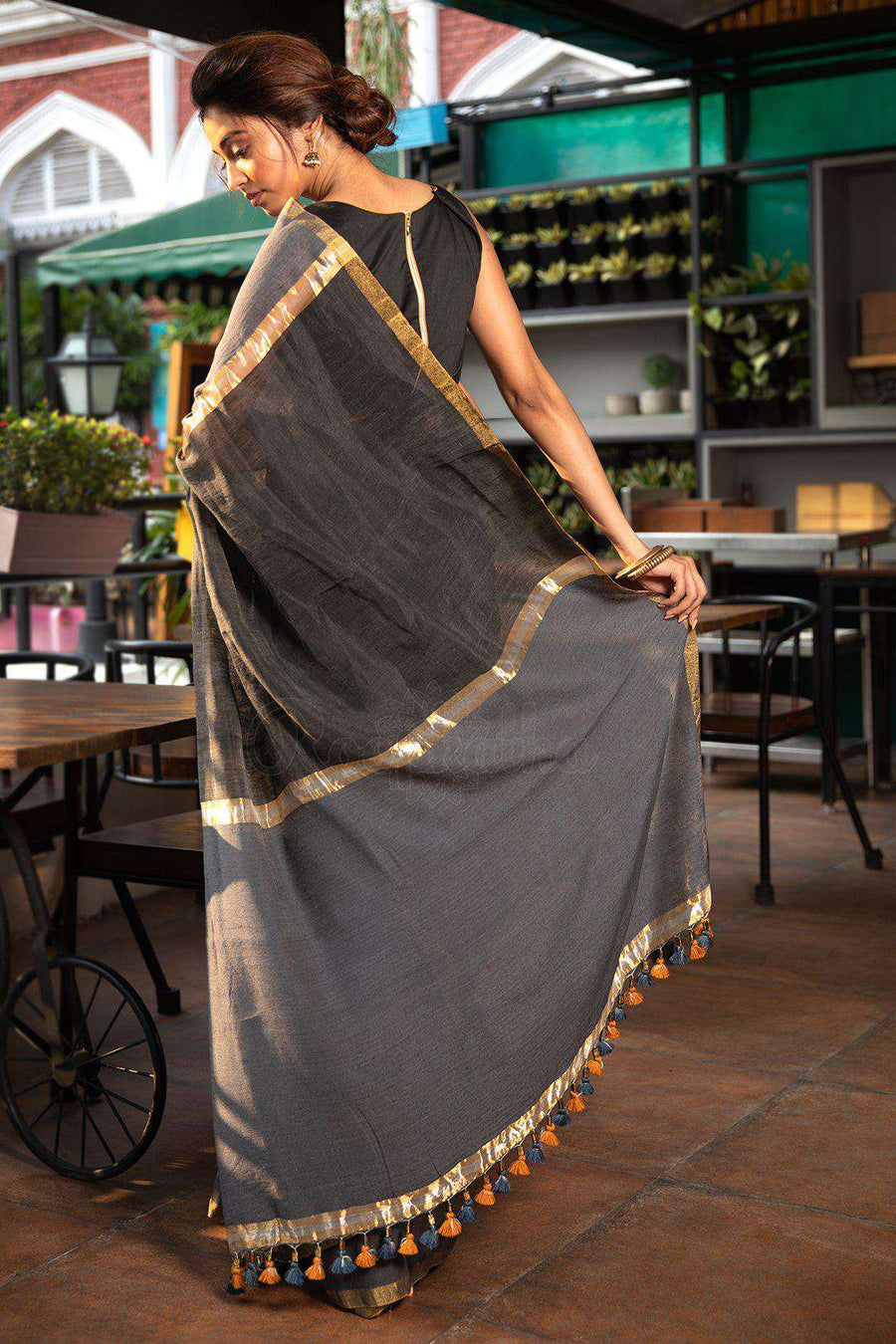 Grey Resham Noil Saree Akasha Roopkatha - A Story of Art