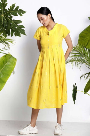 Yellow Handwoven Kurta With Pleats Rivka Roopkatha - A Story of Art