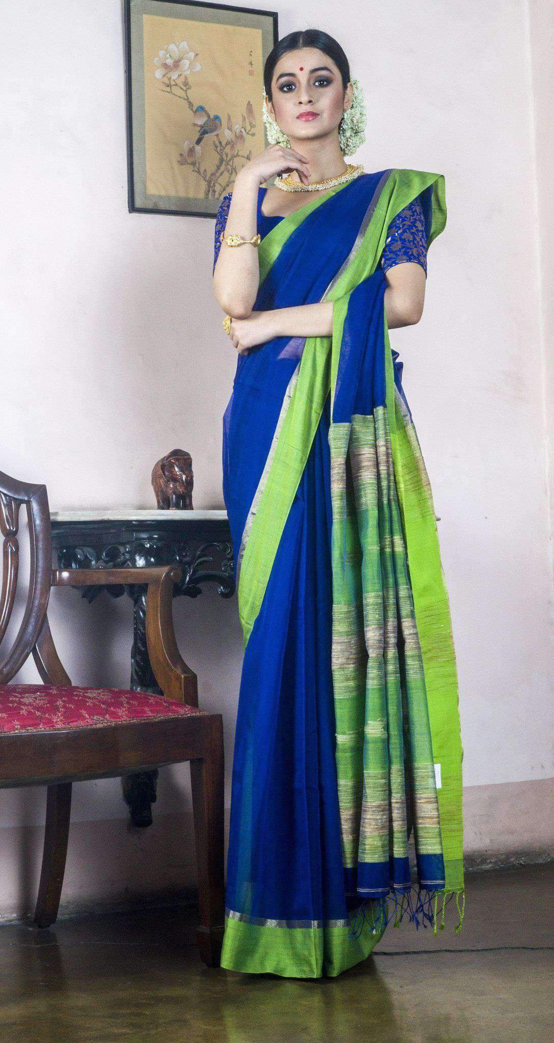 BLUE COTTON HANDLOOM SAREE WITH GREEN BORDER-HL00800480