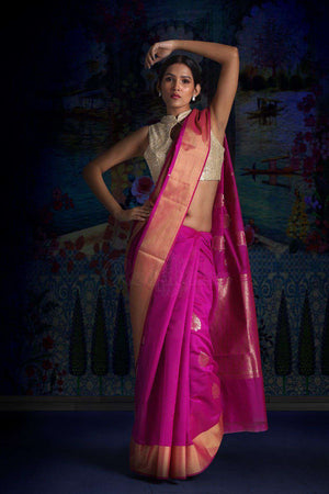 Fuchsia Blended Silk Saree With Zari Motifs