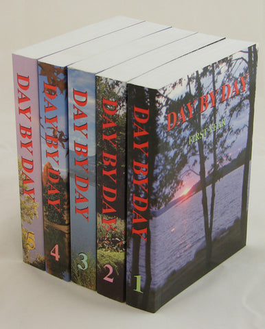 DAY BY DAY J. KOECHLIN 5 VOL SET - paperback