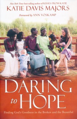 DARING TO HOPE - KATIE DAVIS HC