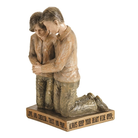 FIGURE PRAYING - COUPLE