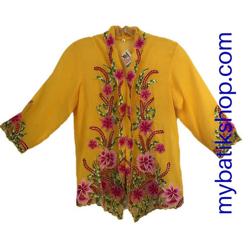Kebaya Nyonya Fine Embroidery Yellow 3/4 Sleeves