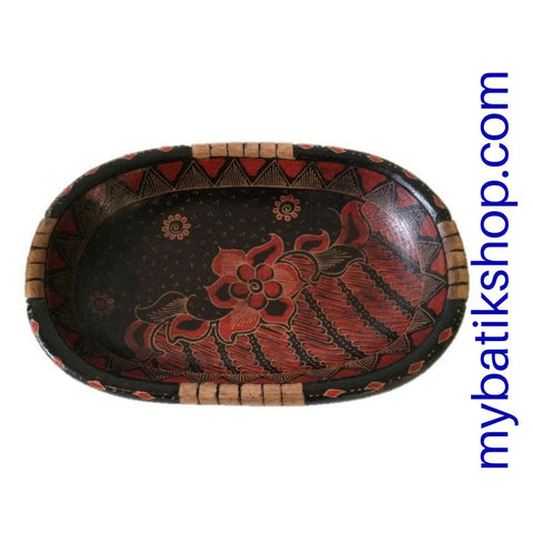 Batik Wooden Decorative Medium Oval Sogun Bowl
