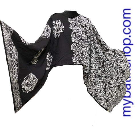 Mix 'n Match Paris Modern Black n White Batik Top