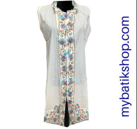 Open Embroidered Kebaya Blazer Top