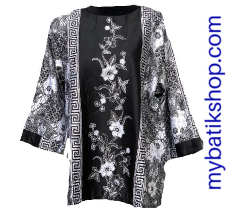 Semi Silk Plus Black and White Long-sleeves