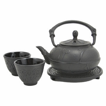 Cast Iron Tea Set (Black Plum Blossom)