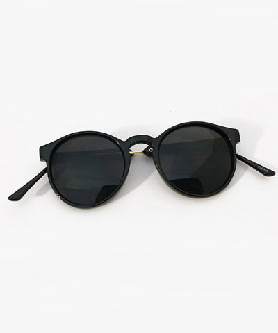 1940s Style Classic Black & Gold Rounded Retro Sunglasses