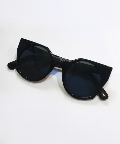 Solid Black 1960s Inspired Geometric Sunglasses