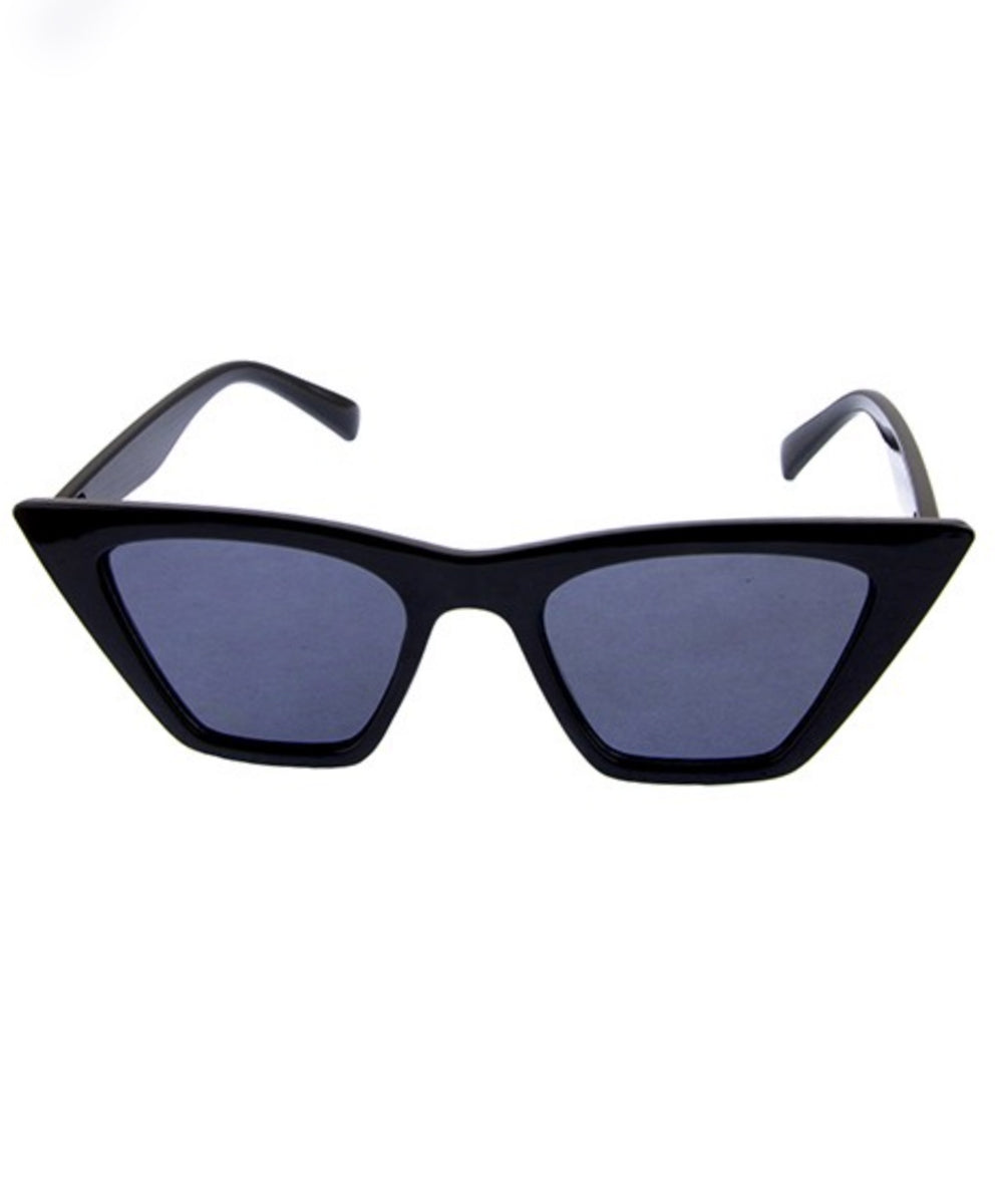 Solid Black Vixen Squared Retro Sunglasses