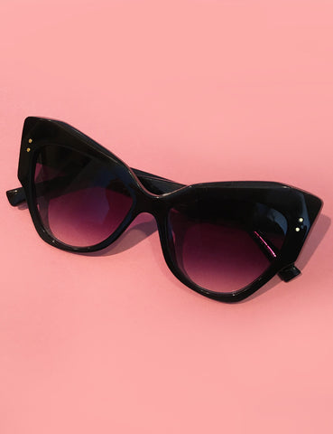 Solid Black Oversized Retro Doris Cat Eye Sunglasses