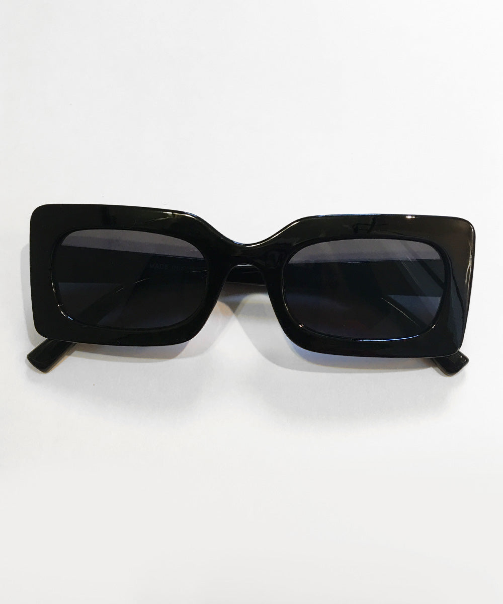 Mod 1960s Square Frame Black Retro Sunglasses