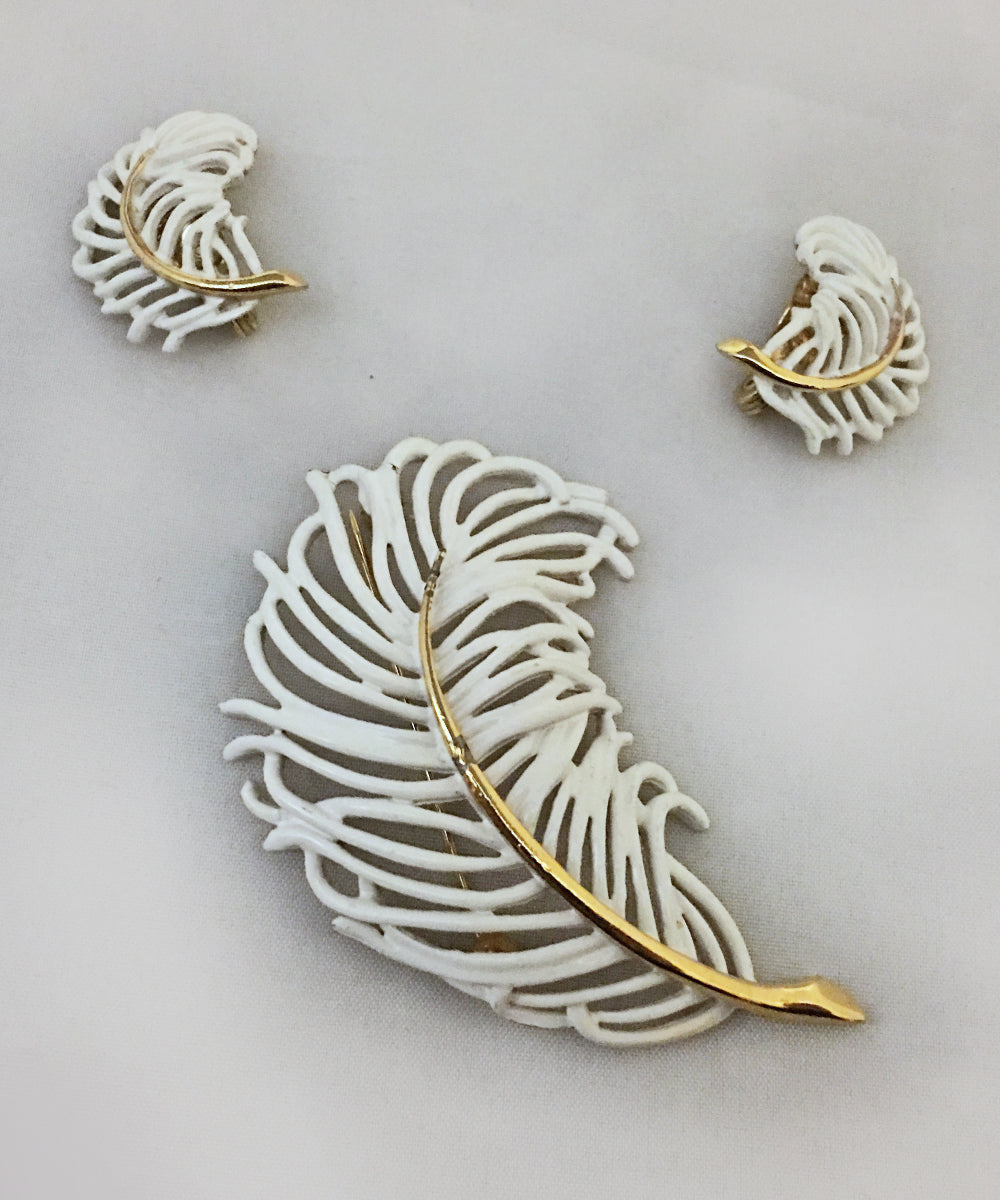 Authentic Vintage Monet White & Gold Feather Brooch & Earring Set