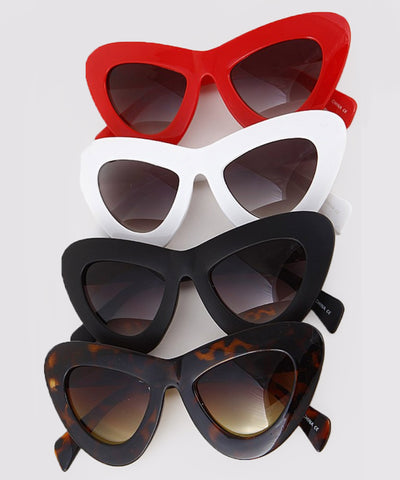 Oversized Thick Retro Rounded Cat Eye Sunglasses