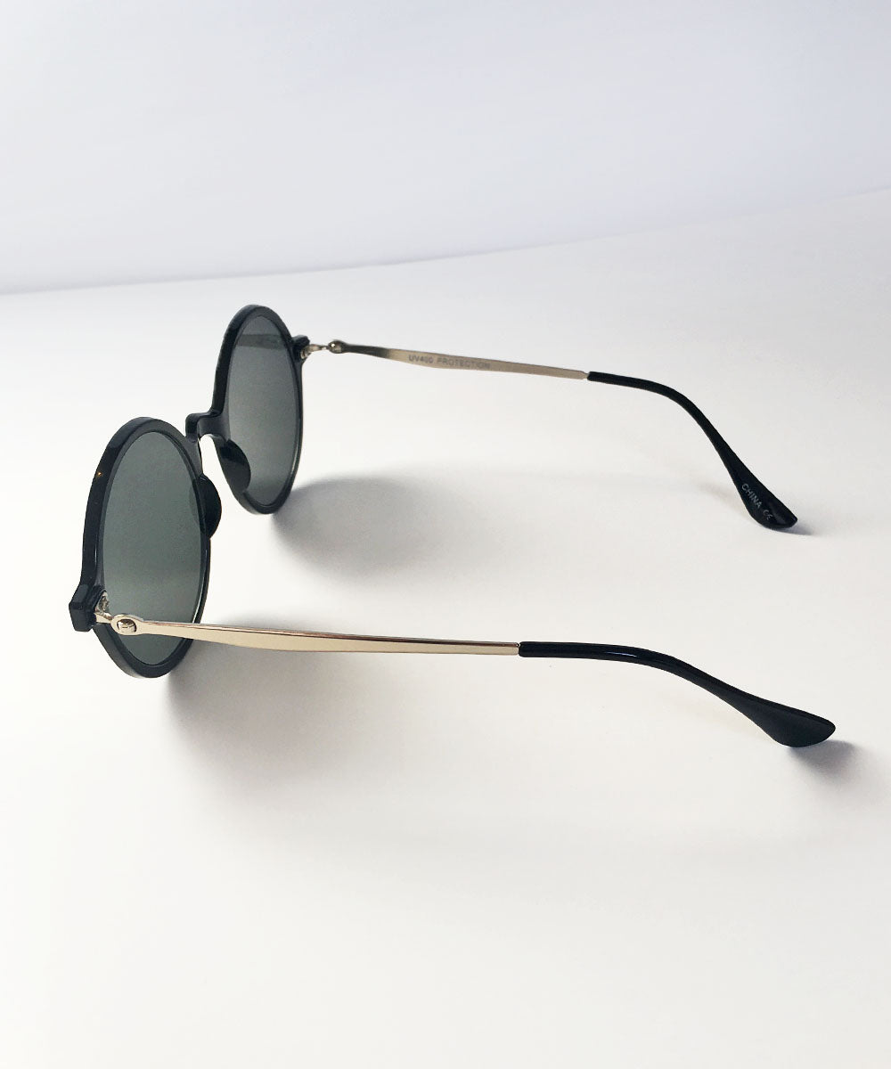 Black & Gold Thin Framed Round Lightweight Sunnies