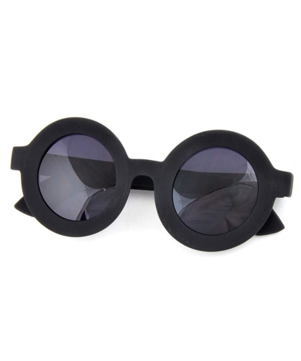 Oversized Matte Black Rounded 1940s Inspired Retro Sunglasses