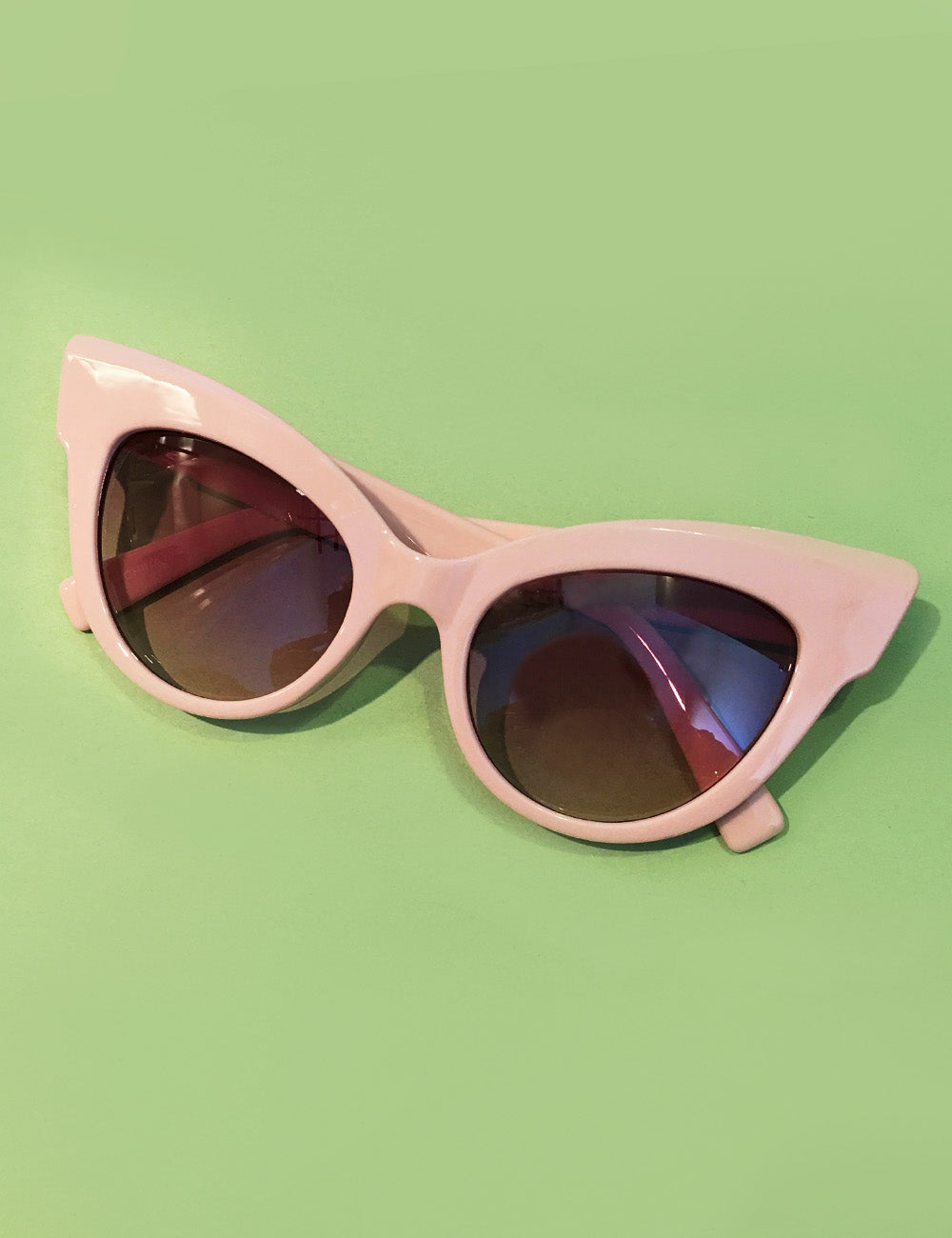 The Cat's Meow Baby Pink Unique Retro Cat Eye Sunglasses