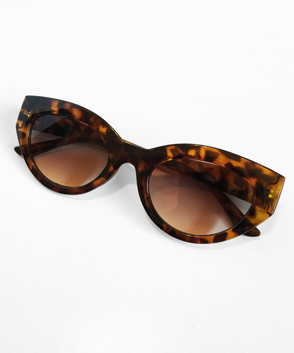 1960s Inspired Tortoise Brown Mod Retro Sunglasses