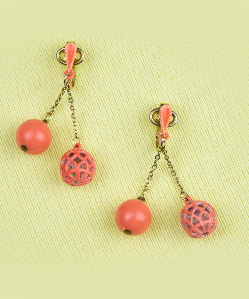 Vintage Bright Coral Dangle Clip On Earrings