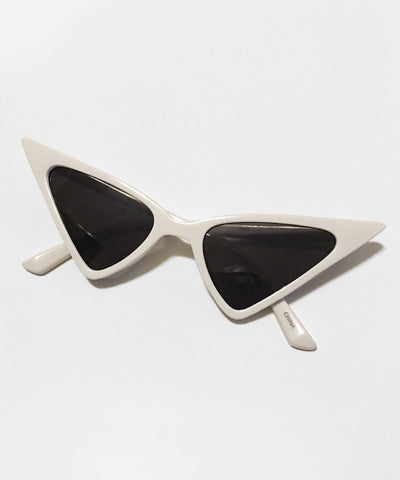 White Ultra Pointed Glamour Ghoul Retro Cat Eye Sunglasses