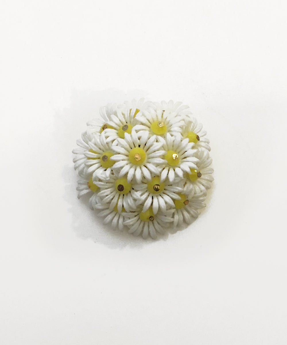 Vintage 3D Floral White & Yellow Brooch