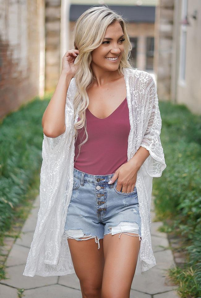 It's You Lace Kimono - White