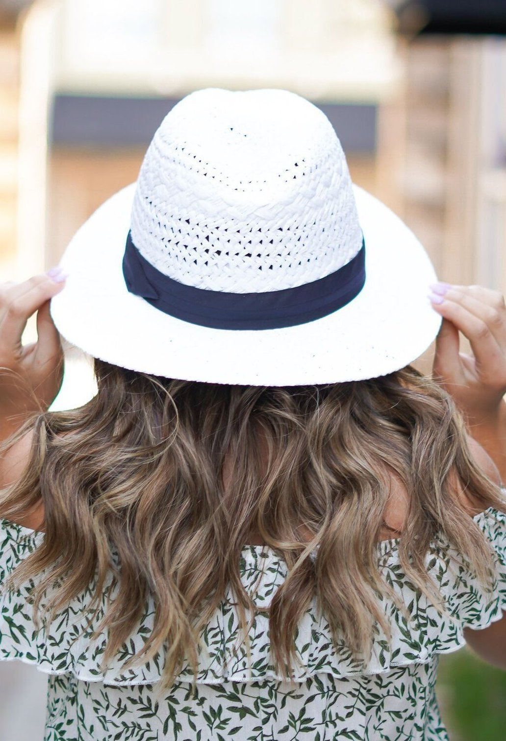 Beachin' It Easy Hat - White