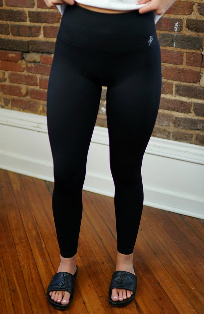 High Waisted Ribbed Black Leggings