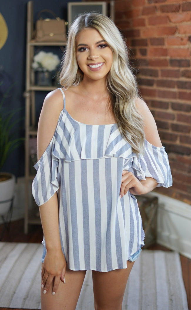 Rodeo Drive Cold Shoulder Top