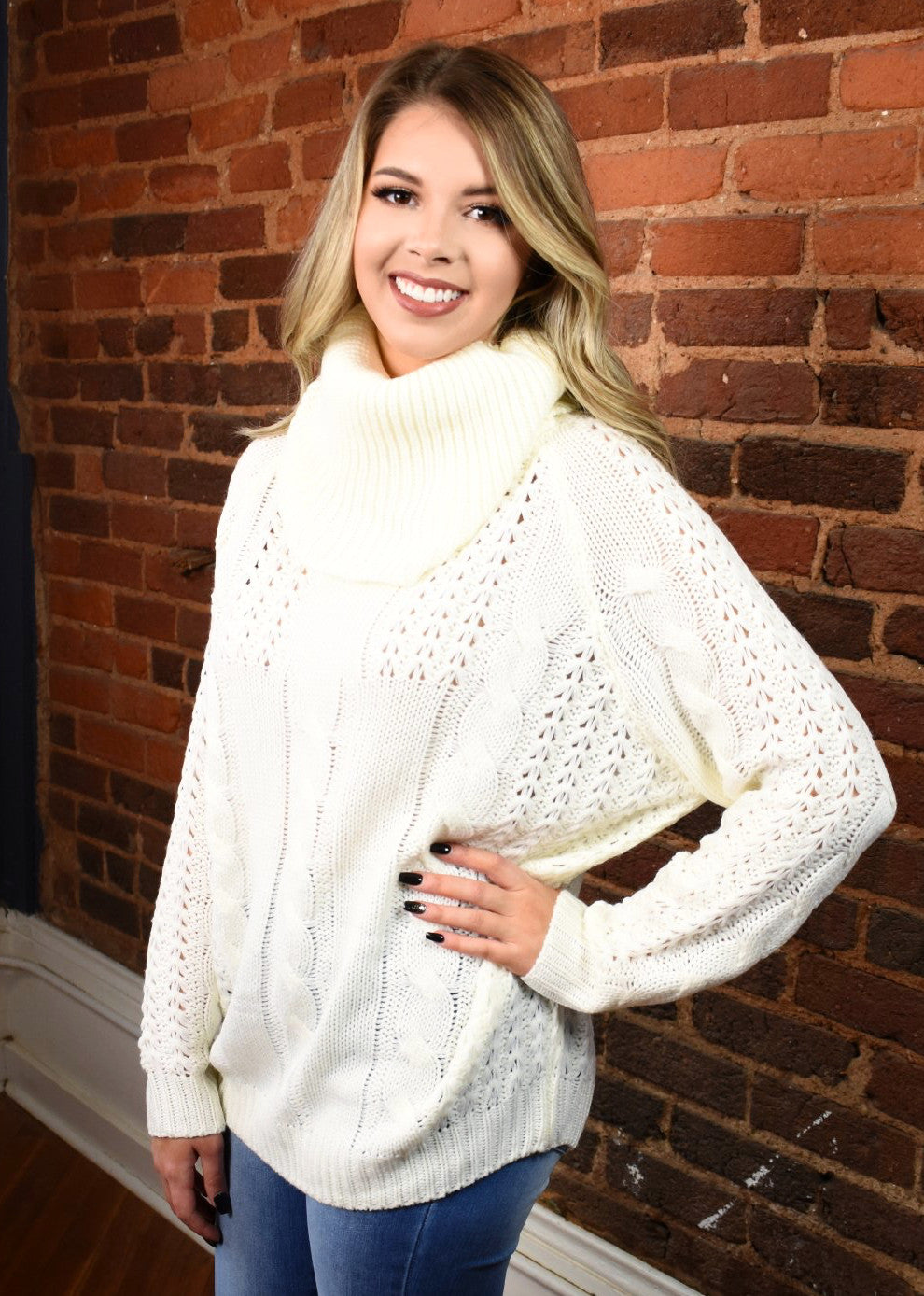 Chunky Knit Turtleneck Sweater - Ivory