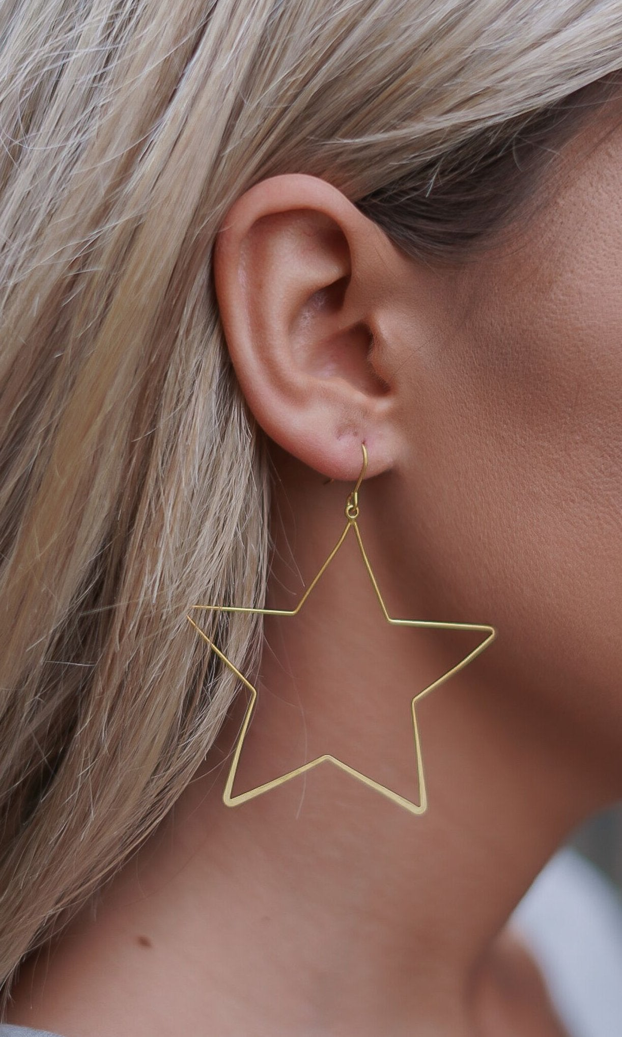 You're a Star Earrings - Gold