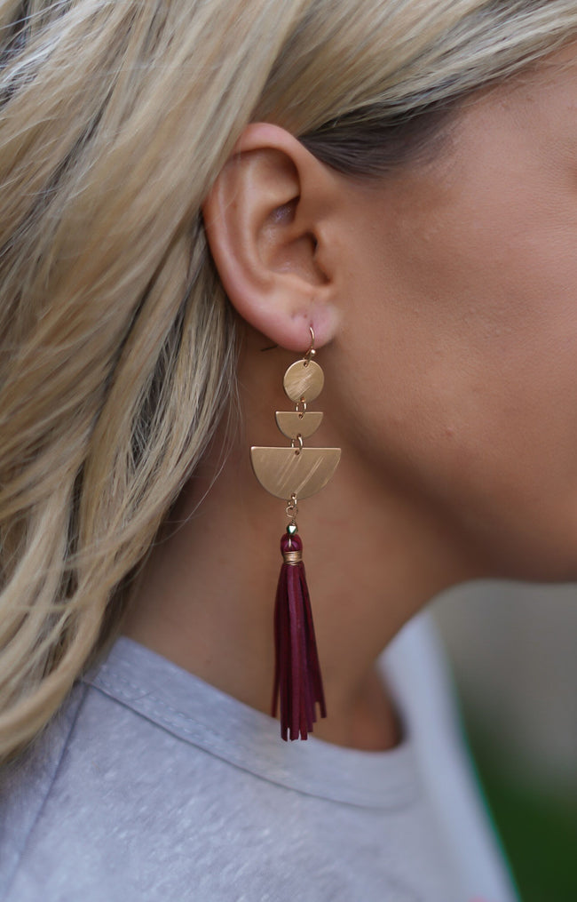Clear My Mind Earrings - Maroon