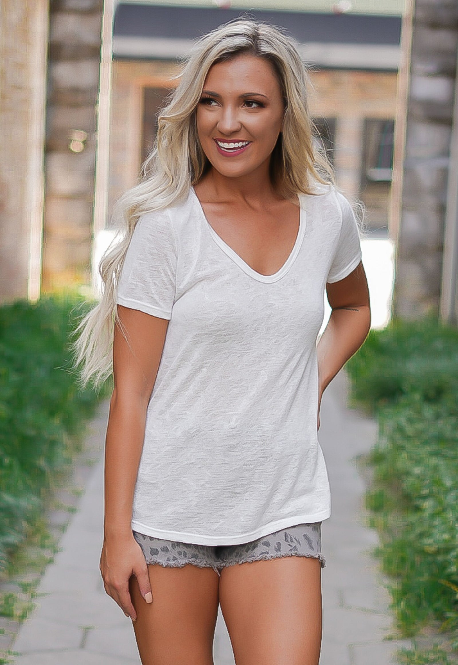 Scoopneck Burnout Tee - Ivory