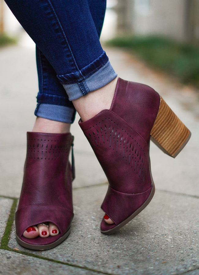 Luna Booties - Plum