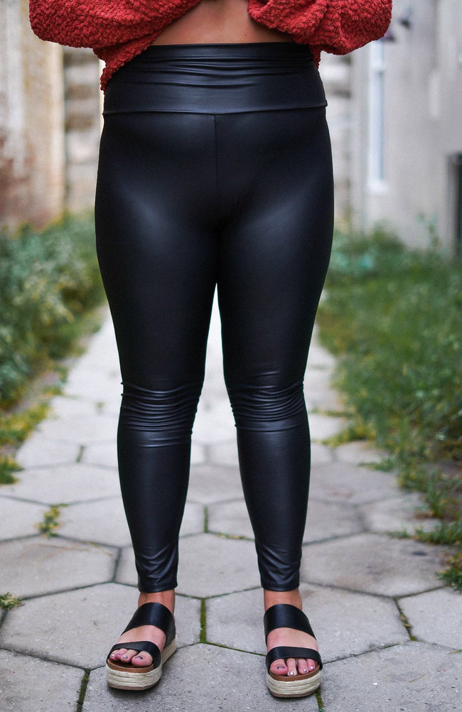 Curvy Faux Leather Leggings