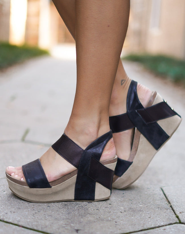 Truce Wedges