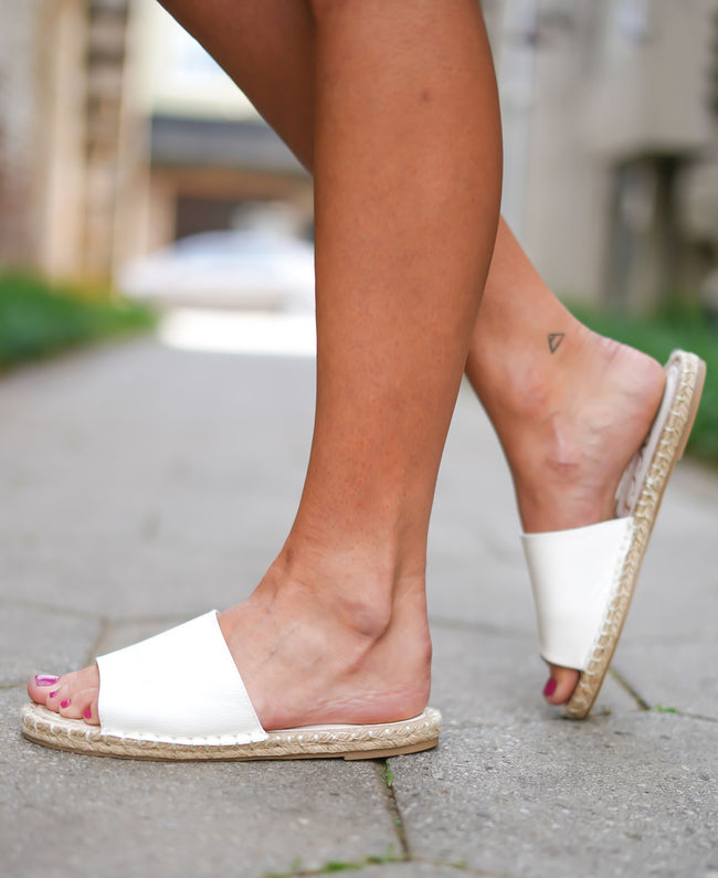 Vacation Sandals - White