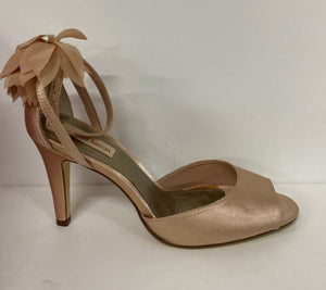 JULIETA NUDE SATIN FLOW BY DIANA FERRARI SIZE 7.5