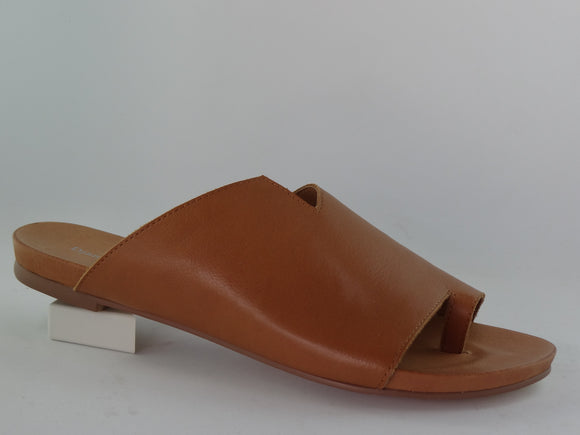 JULE LEATHER TOE SLIDE BY DJANGO