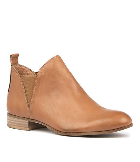 FOE ANKLE BOOT